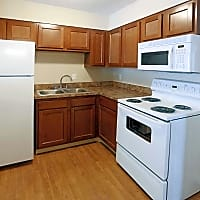 Shady Tree Apartments - Evansville, IN 47710