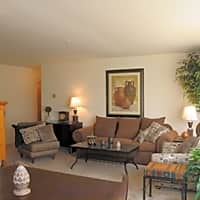 Carriage Cove Apartments - Canton, MI 48187