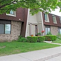 Adams Lake Apartments and Townhomes - Waterford, MI 48328