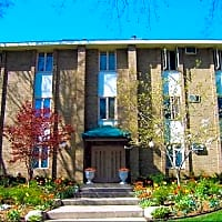 Highland Place Apartments - Grand Rapids, MI 49503