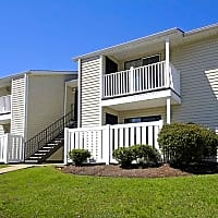 Summer West Apartments - Hattiesburg, MS 39402