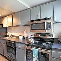 Century Hills Apartments - Rocky Hill, CT 06067