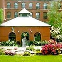 The Royal Worcester Apartments - Worcester, MA 01610