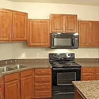 Lakeville Woods Apartments - Lakeville, MN 55044