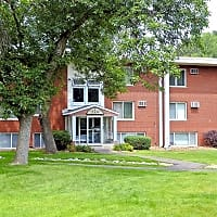 Pine Tree Park Apartments - Saint Paul, MN 55119
