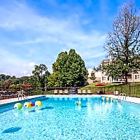 The Henley - Knoxville, TN 37920