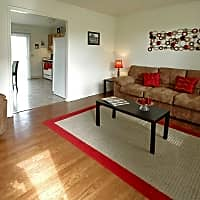 Hawthorne Place Apartments - Independence, MO 64056