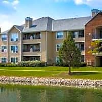 Saw Mill Village Apartments - Columbus, OH 43235