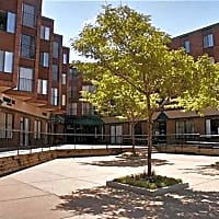 New Boston Square Apartments - Minneapolis, MN 55418