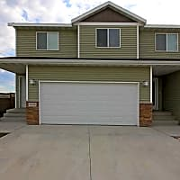 Brookstone Townhomes at Osgood - Fargo, ND 58104