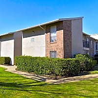 Waterchase Apartments - Arlington, TX 76011