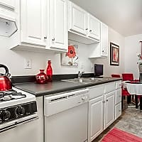 The Arbors Apartments - Winston-Salem, NC 27104
