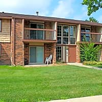 Autumn Ridge Townhomes and Apartments - Lansing, MI 48911