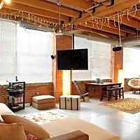 Metro Lofts - Cleveland, OH 44109