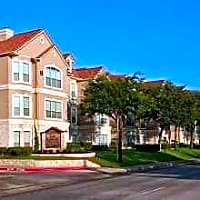 San Raphael Apartment Homes - Dallas, TX 75254