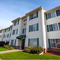 Pine Tree Apartments - Omaha, NE 68114