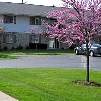 Lakewood Apartments - Kenosha, WI 53143
