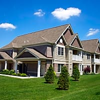 Deer Lakes Apartments - Amherst, NY 14228
