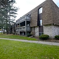Foxes Lair Apartments - Elyria, OH 44035