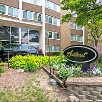 Aristocrat at Fairway Marchmont - Shaker Heights, OH 44122