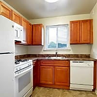 Sweetbriar Apartments - Lancaster, PA 17601