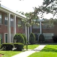 White Bluff Apartments - Webster Groves, MO 63119