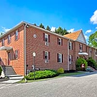 Apartments At Waterford - York, PA 17402