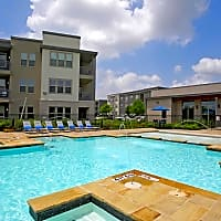 The Landings at Brooks City-Base - San Antonio, TX 78223