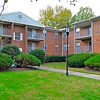 Parkwood Apartments - Salisbury, MD 21804