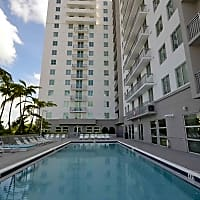 109 Tower - Miami, FL 33174