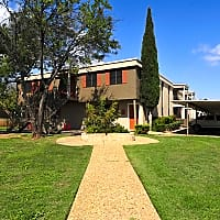 College Hills West Apartments - San Angelo, TX 76904