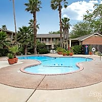 Country Club Manor - Corpus Christi, TX 78413