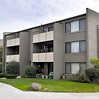 Park Plaza Apartments - Lincoln Park, MI 48146