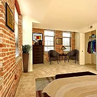 Thames Point - Baltimore, MD 21231