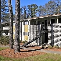 Pine Hill Apartments - Smyrna, GA 30080