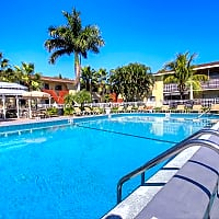 Park Place/ Park Place East - Fort Myers, FL 33907