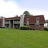 Foxcroft I Apartments - Hampton, VA 23669