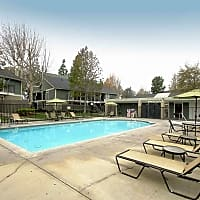 Laurel Green - Riverside, CA 92503