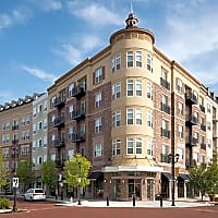 The Flats At West Broad Village - Glen Allen, VA 23060