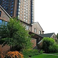 Yankee Hill Apartments - Milwaukee, WI 53202
