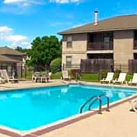 Cedar Creek Village Apartments - Shreveport, LA 71118