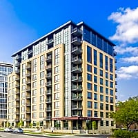 Venture Luxury High Rise - Madison, WI 53715