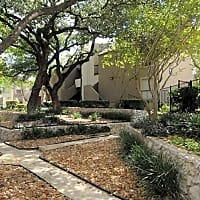 4000 Horizon Hill Apartments - San Antonio, TX 78229