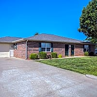 Waterford Townhomes - Bowling Green, KY 42101