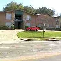 Royal Palm Apartments - Dallas, TX 75214