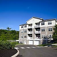 Crown Point at the Reserve - Danbury, CT 06810