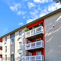 Fox Run Apartments - Lexington, KY 40511