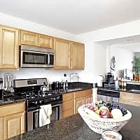 Sunpointe Townhomes - Harrisburg, PA 17111