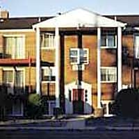 Spruce Manor Apartments - Bellmawr, NJ 08031