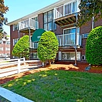 Brettonwood Estates - Lowell, MA 01850